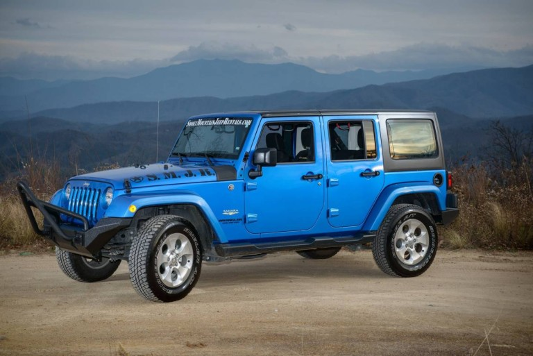 Take an Adventure Drive in your Smoky Mountain Jeep Rental
